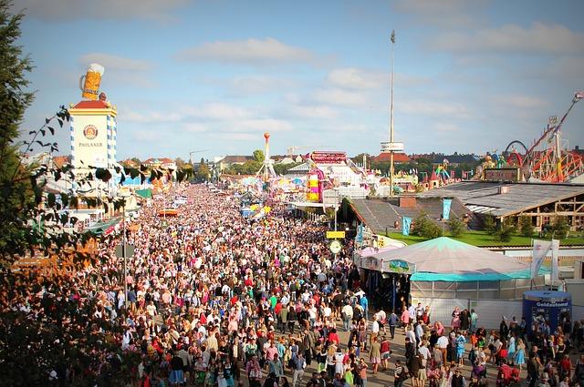 účastníci festivalu